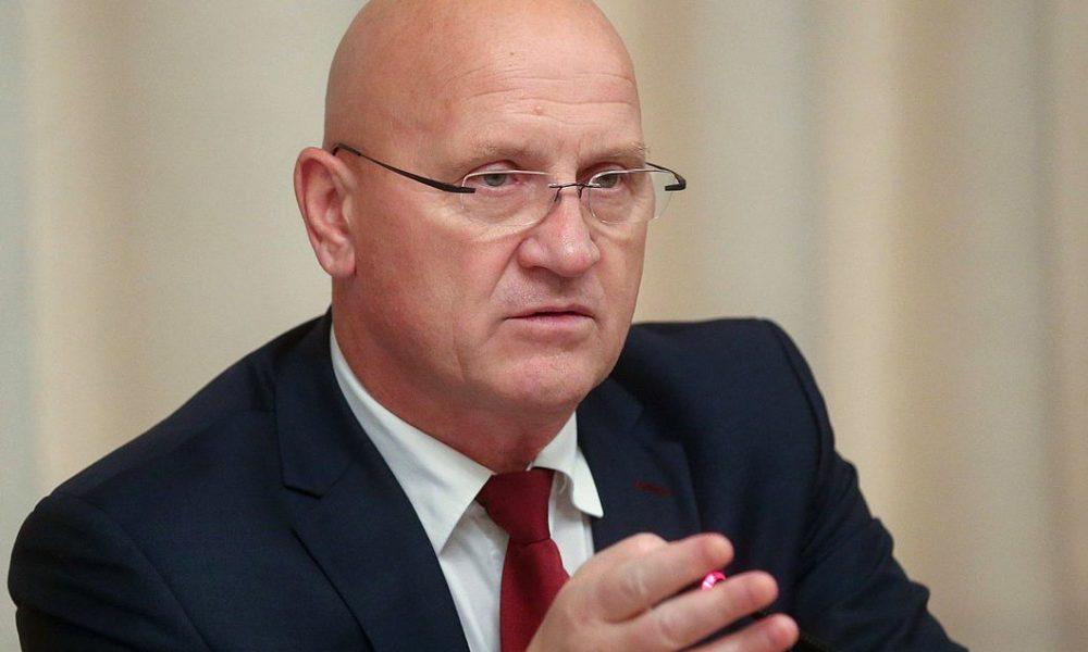 Константин Слыщенко